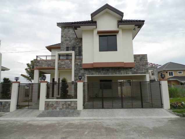 For Rent 4 Bedroom Unfurnished House In Angeles City - 0