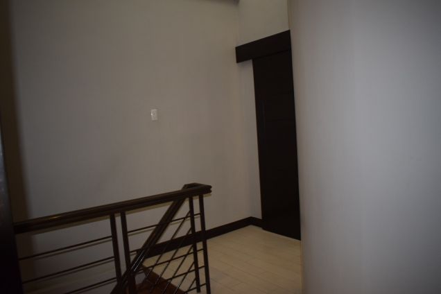 3 BEDROOMS FURNISHED TOWNHOUSE 15 MIN WALKED TO AYALA CENTER - 8