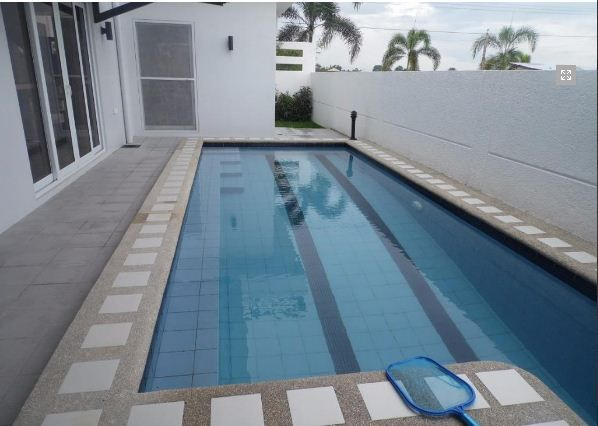 5Bedroom w/pool house & Lot for RENT in Hensonville Angeles City.. - 9