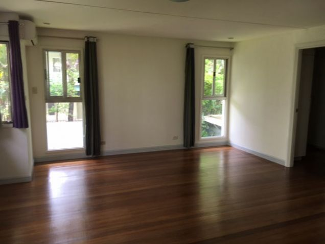 House and Lot, 3 Bedrooms for Rent in Dasmarinas, Makati - 8