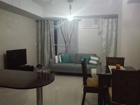 Favorite 2 bedroom unit for rent in Manhattan heights cubao Quezon City DW64